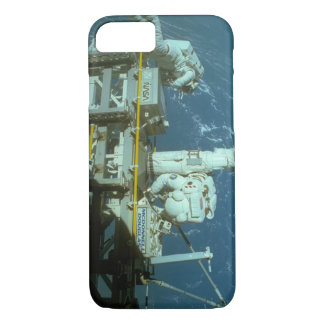 Shuttle in space_Space iPhone 7 Case