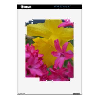 shy daffodil decals for iPad 2