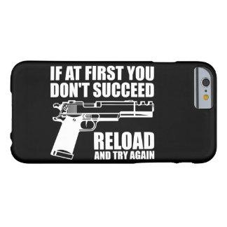 Si al principio usted no tenga éxito la recarga y funda para iPhone 6 barely there