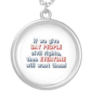 Si damos a gente gay las derechas civiles, entonce pendientes personalizados