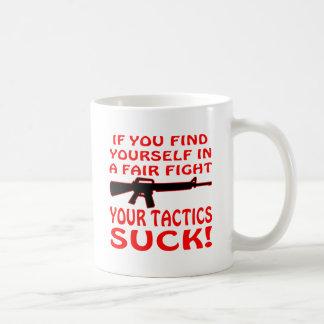 Si encuéntrese en una lucha justa sus táctica para taza de café