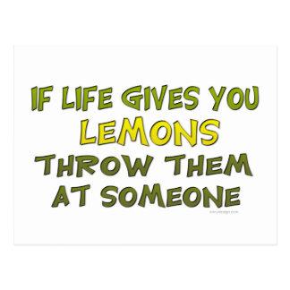 Si la vida le da los limones postales