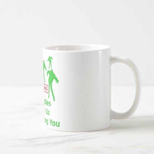Si los zombis nos persiguen que le estoy taza de café