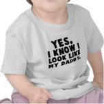 Sí, sé que parezco mi camisa del bebé del papá