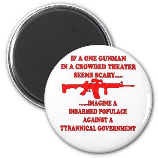 Si un pistolero en un teatro es asustadizo imagíne imán redondo 5 cm