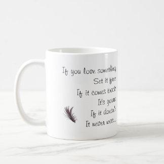 Si usted ama algo - diciendo con imagen taza básica blanca
