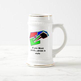 Si usted debe beber… la bebida en taza del estilo