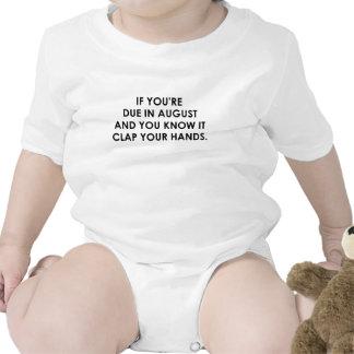 SI USTED es en agosto .png DEBIDO Traje De Bebé