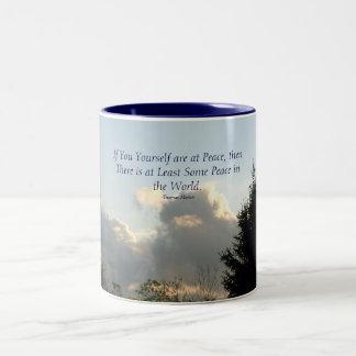 Si usted usted mismo está en la paz, entonces… taza de dos tonos