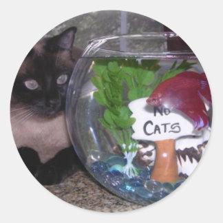 Siamese Cat and Fish Bowl Friends Classic Round Sticker