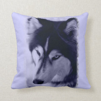 Siberian Husky Face Blue Tint Pillow