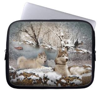 Siberian Husky Winter Wonderland Laptop Sleeve