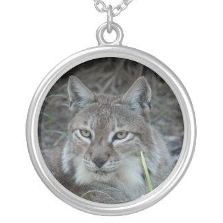 siberian lynx 017 round pendant necklace
