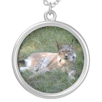 siberian lynx 028 round pendant necklace