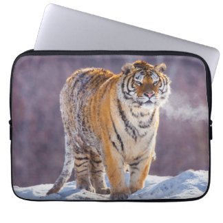 Siberian tiger in snow, China Laptop Sleeve