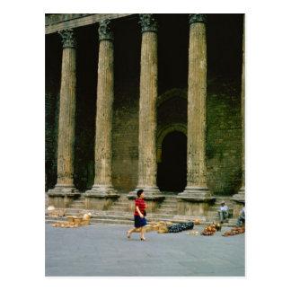 Sienna, Roman Basilica Pottery sellers Postcard