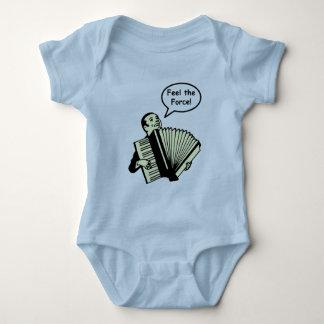 Sienta la fuerza del acordeón body para bebé
