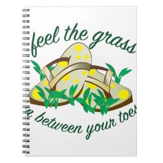 Sienta la hierba spiral notebook