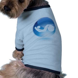 Siéntese sube al hombre de la bola del ejercicio camiseta con mangas para perro