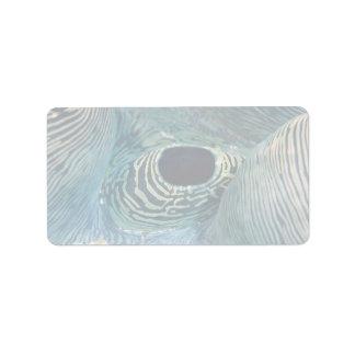 Sifón hermoso de la almeja gigante etiquetas de dirección
