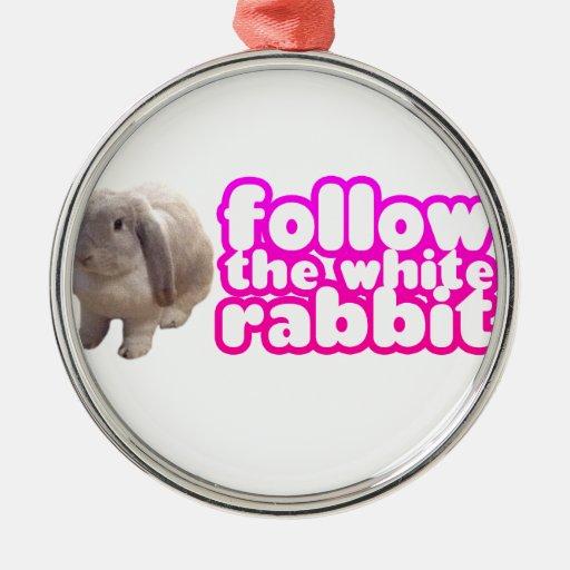 Siga el conejo blanco - conejito lindo adorno redondo plateado