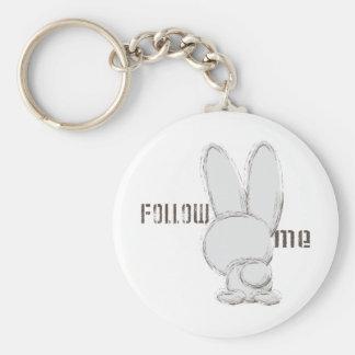siga el conejo blanco llavero redondo tipo pin