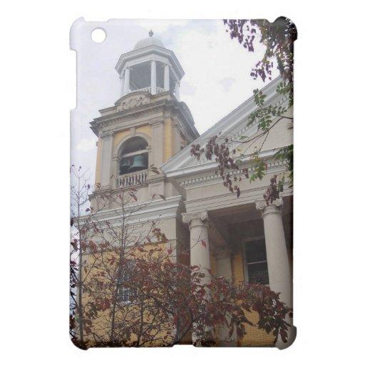 Siga la iglesia amarilla del ladrillo