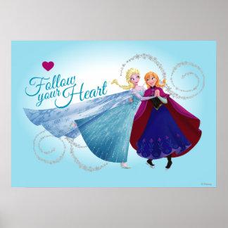 Siga su corazón posters