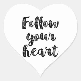 Siga su corazón pegatina en forma de corazón