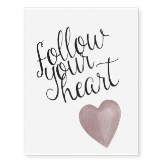 Siga su corazón tatuajes temporales