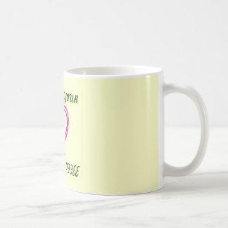 Siga su taza de café del corazón