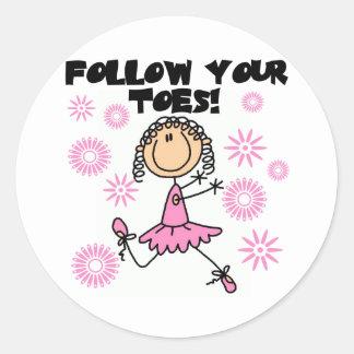 Siga sus camisetas y regalos de la bailarina de pegatina redonda