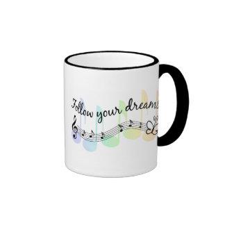 Siga sus sueños taza a dos colores