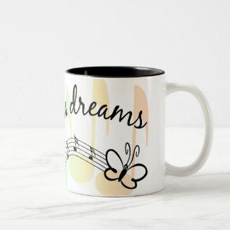 Siga sus sueños taza de dos tonos