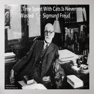 Sigmund Freud en oficina y poster famoso de la