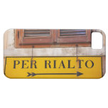 Sign pointing the way to the Rialto Bridge, iPhone SE/5/5s Case