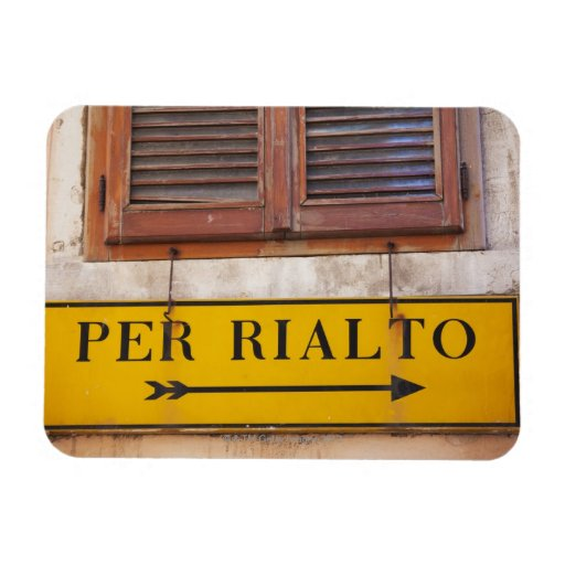 Sign pointing the way to the Rialto Bridge, Rectangular Magnet