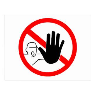 sign stop trespassing hand tarjeta postal