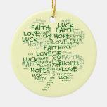 Significado del trébol de cuatro hojas: Esperanza, Ornatos