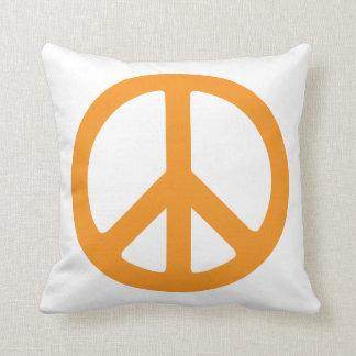 Signo de la paz anaranjado cojín decorativo