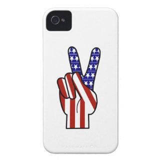 Signo de la paz de la mano - blanco y azul rojos Case-Mate iPhone 4 cárcasas