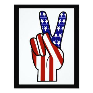 """Signo de la paz de la mano - blanco y azul rojos invitación 4.25"""" x 5.5"""""""