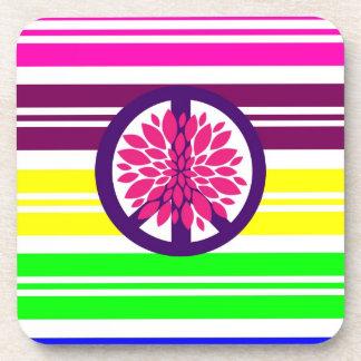 Signo de la paz del flower power del Hippie en ray Posavasos De Bebida