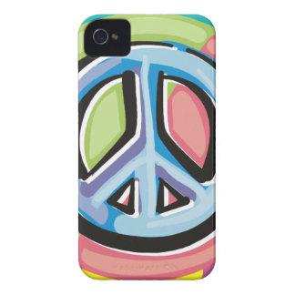 Signo de la paz en colores en colores pastel Case-Mate iPhone 4 protectores