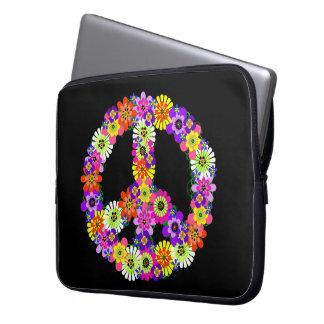 Signo de la paz floral en negro fundas computadoras