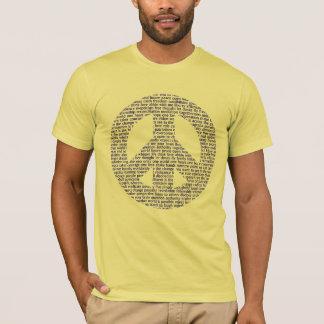 Signo de la paz hecho de la camiseta de las