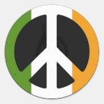 Signo de la paz irlandés etiquetas redondas