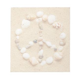 Signo de la paz minúsculo del Seashell Libretas Para Notas