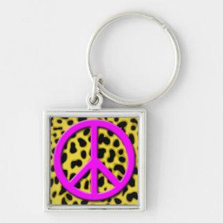 Signo de la paz rosado en modelo animal negro y am llavero cuadrado plateado
