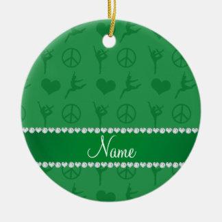 Signo de la paz verde conocido de encargo de los adorno navideño redondo de cerámica